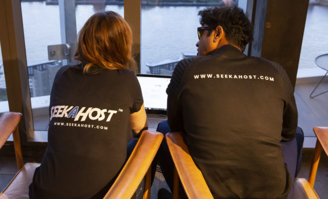 SeekaHost-helping-bloggers-and-digital-nomads-get-online-fast