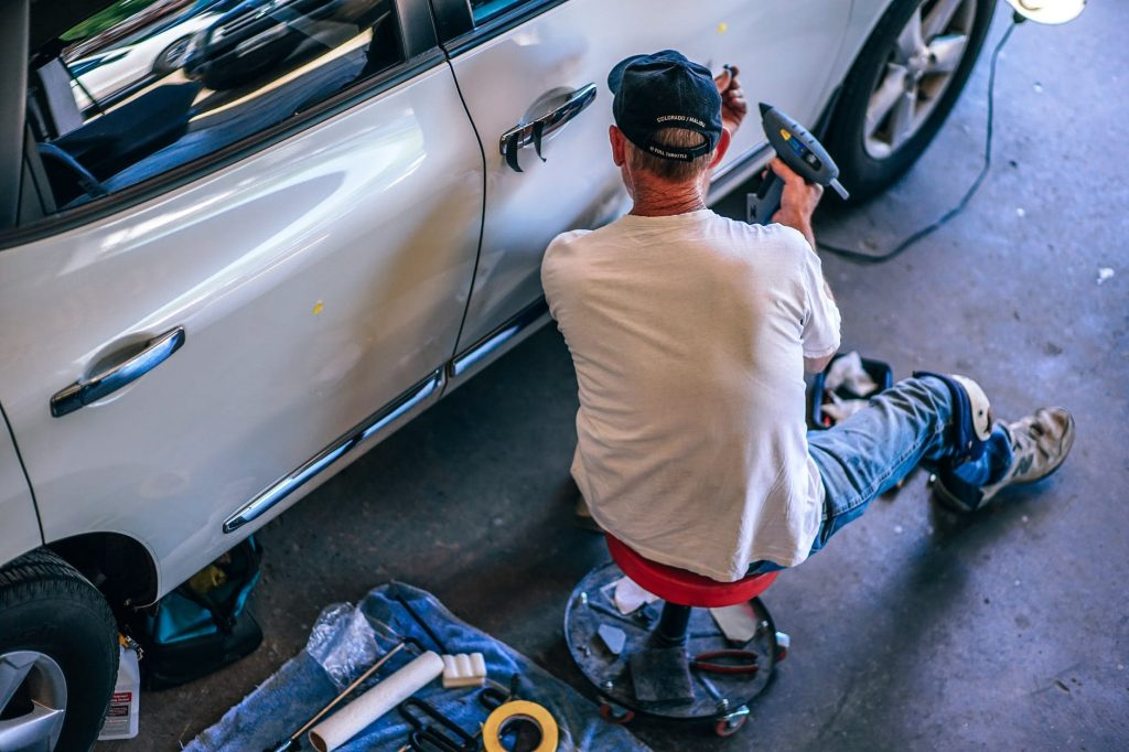 equipments to start auto repair workshop