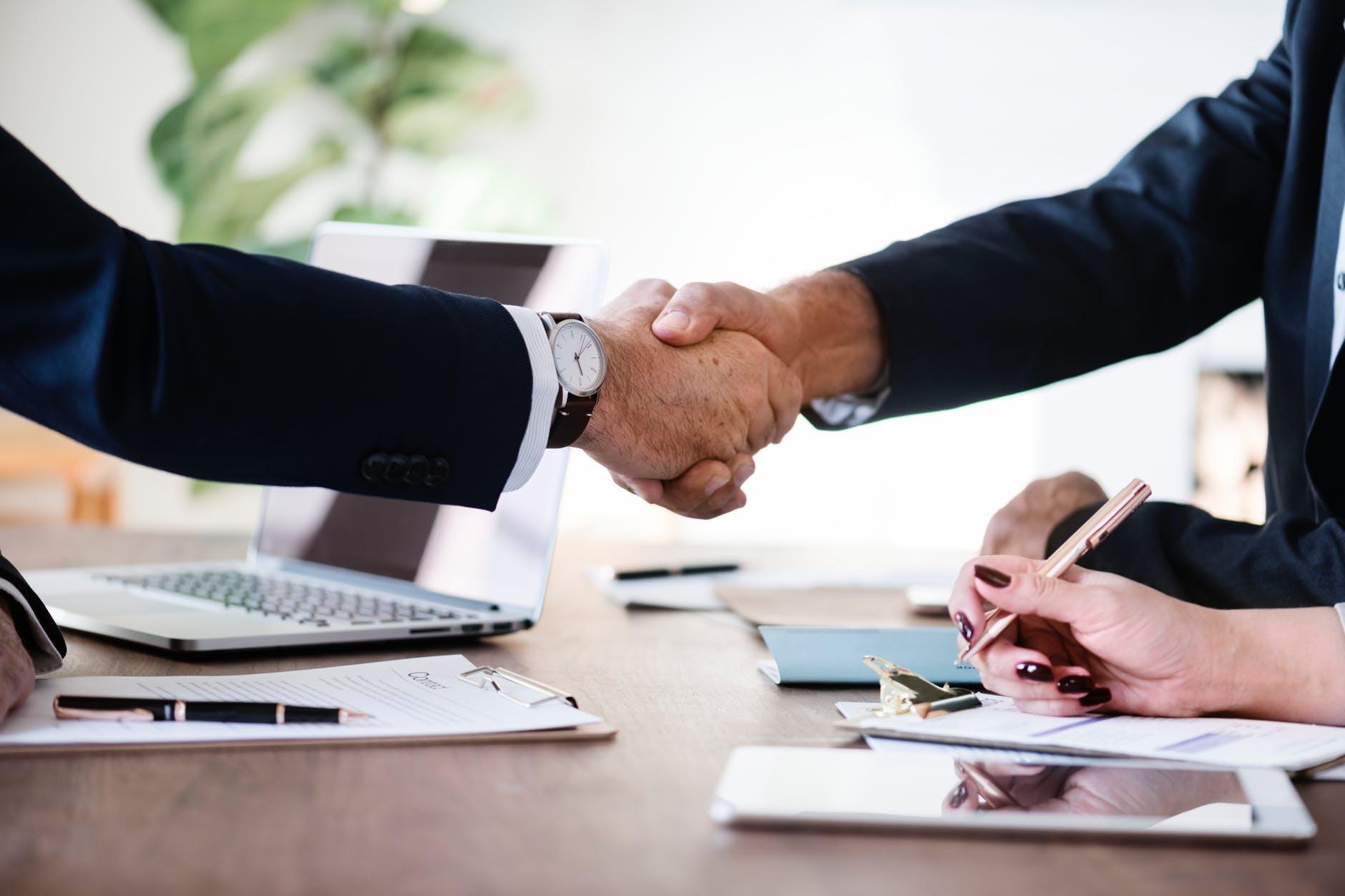 effecient collaboration during deals