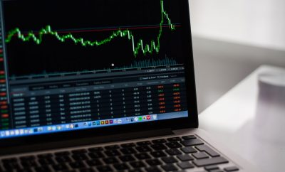 benefits of forex over stock trading