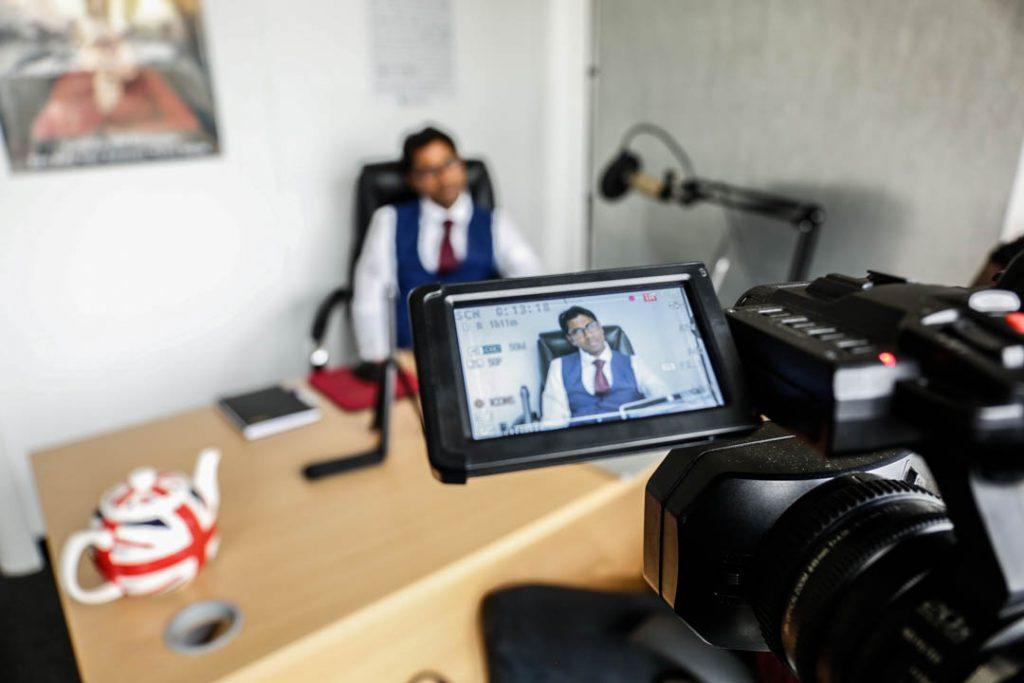 Fernando-talks-business-at-ClickDo-Canary-Wharf-London