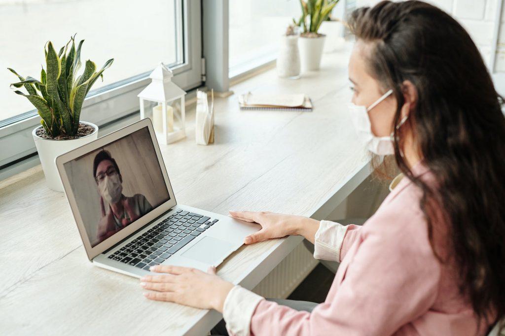 Leveraging Online Lessons During the Coronavirus Shutdown