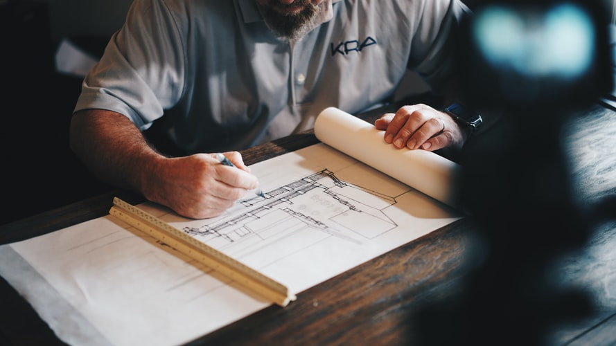 benefits of hiring a commercial construction