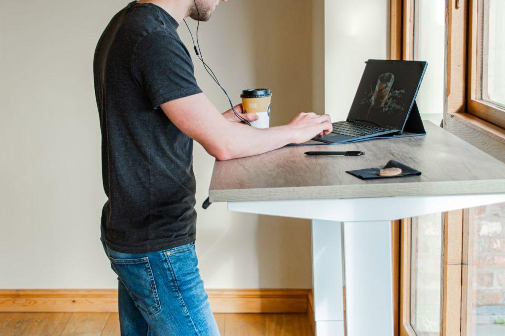 height-adjustable-desk-at-work-for-ergonomic-posture